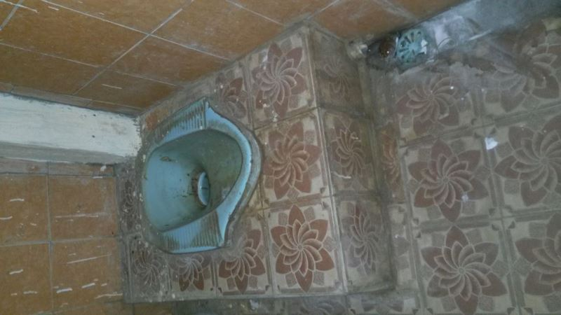 TIPS MENGHILANGKAN NODA KLOSET YANG BANDEL DARI SEDOT WC BEKASI