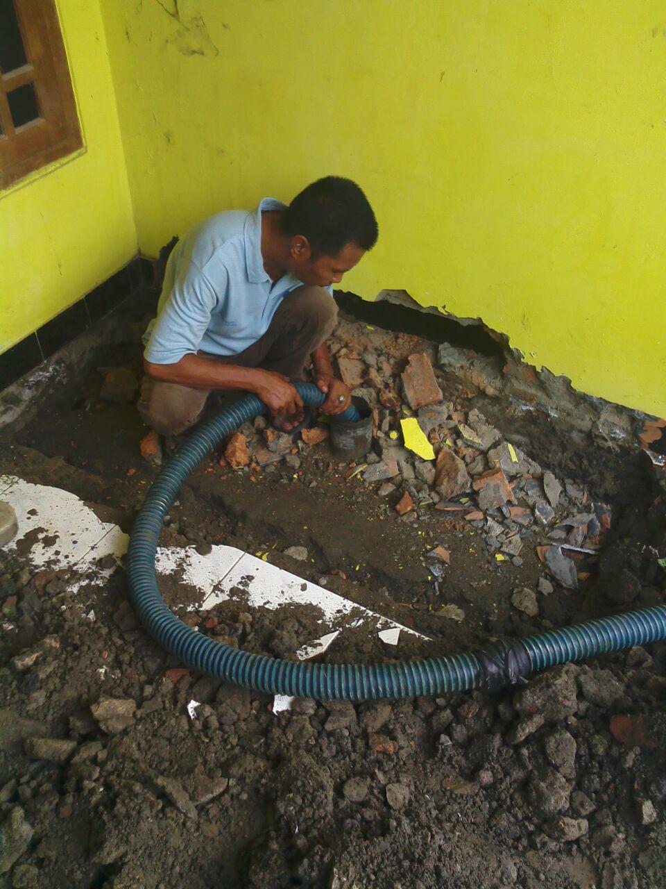 Menghubungi Sedot WC Bekasi Online